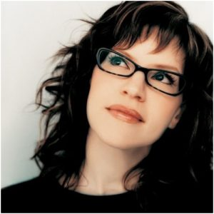 lisa-loeb-2004-promo-square