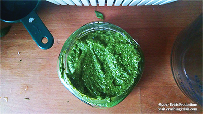 pesto-in-jar-crushingkrisis