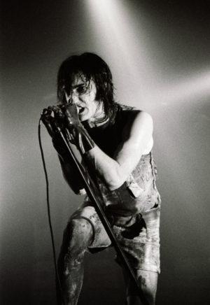 trent-reznor-1994
